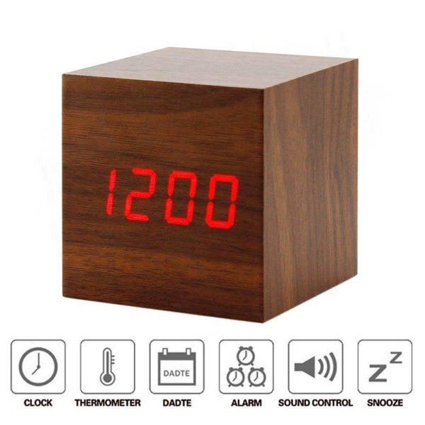 ساعت دیچیتال رو میزی چوبی - ویرگولشاپ